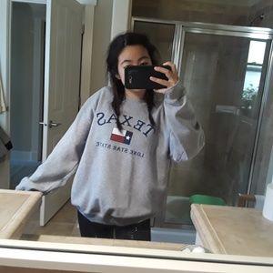 Gildan Sweaters - Texas Sweatshirt